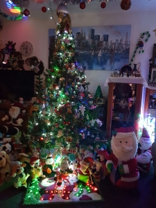 Tree and Santa and lots of toys